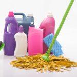 掃除道具はしまいすぎない。手の届くところに置くことで掃除のハードルを下げよう。