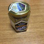 マヌカハニーで喉からくる風邪予防を始めました。